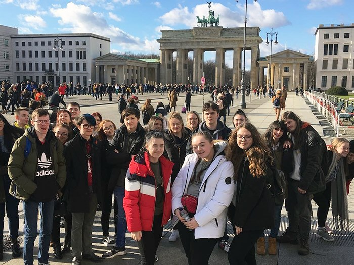 Students visited the Brandenburg gate on the trip
