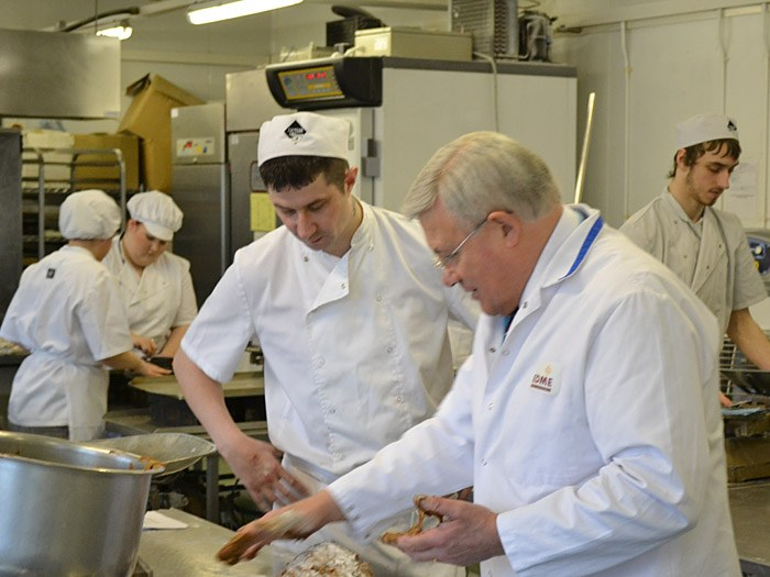 Richard Ball from EDME in the Bakery classroom.