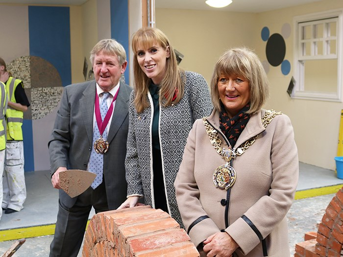 MP Angela Rayner with the mayor and consort
