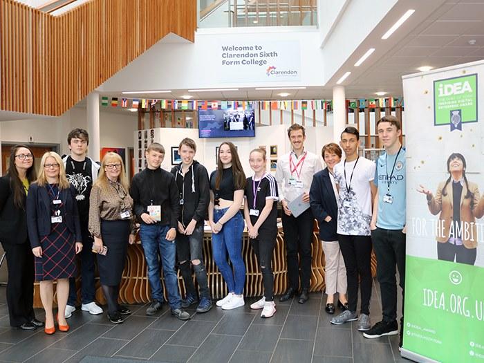 Students become teachers for Digital Enterprise Award