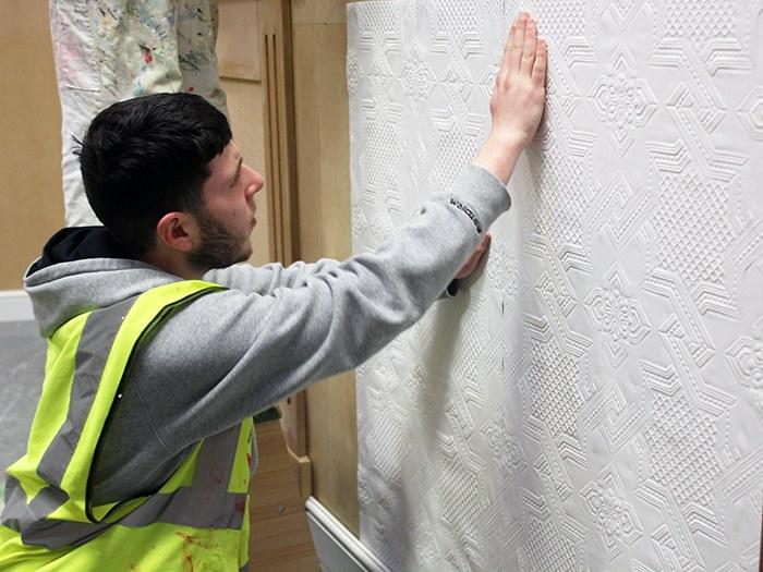Applying the wallpaper
