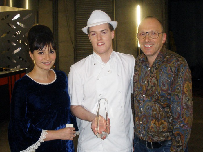 Winner Oliver Campbell with judges, Gizzi Erskine & Gerhard Jenne
