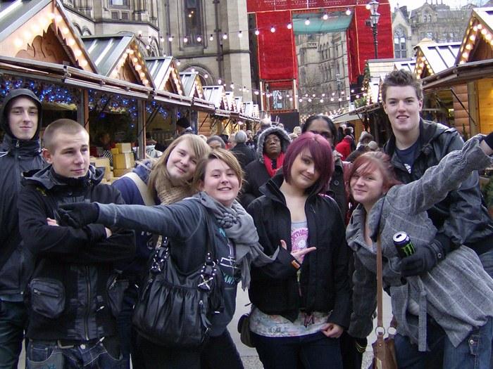 Students enjoy visit to German Market